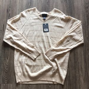 G.H. Bass & Co. Wool Sweater Large NWT